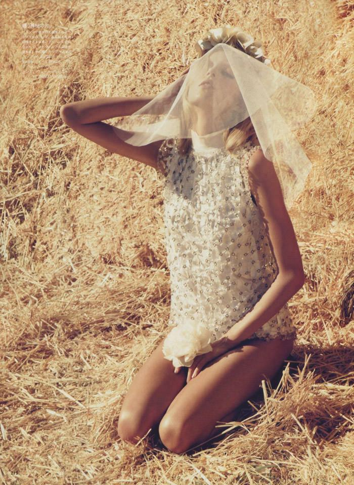 """Anja Rubik photographed by Camilla Akrans in """"The Farmer's Daughter"""" for Vogue Nippon, March 2010 8"""
