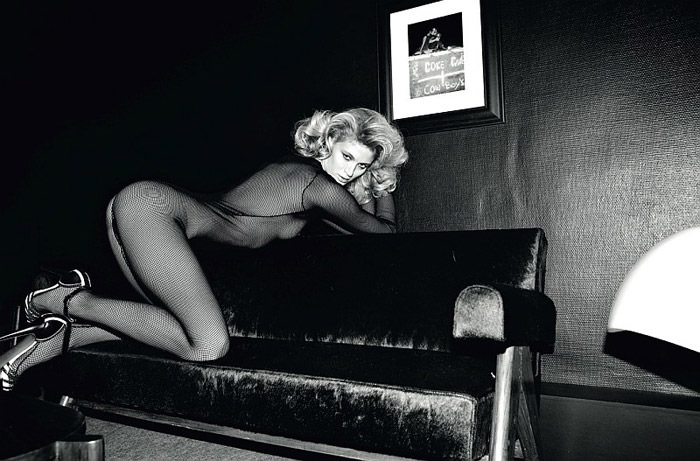 Michelle Buswell photographed by Olivier Zahm for Tank Magazine, Spring & Summer 2010 3