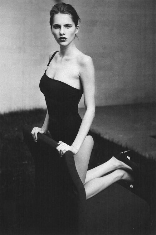 Model Profile: Oana Timerman @ WM Management 1
