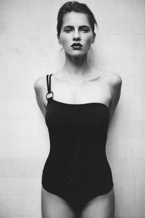 Model Profile: Oana Timerman @ WM Management 3