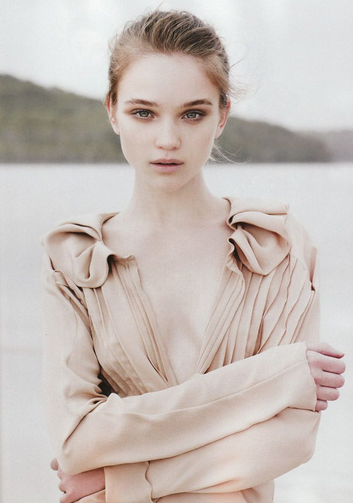"Rosie Tupper photographed by Nicole Bentley in ""Soft Focus"" for Vogue Australia, April 2010 2"