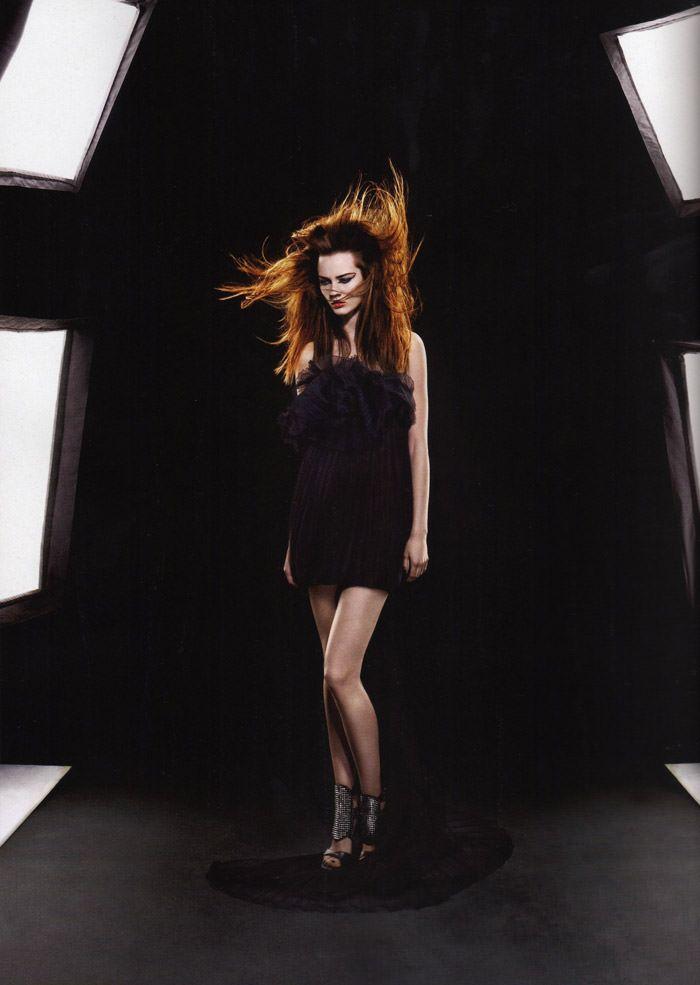 """Monika """"Jac"""" Jagaciak photographed by Miguel Reveriego in """"Et Je Te Veux Cruelle"""" for Numéro #111 2"""