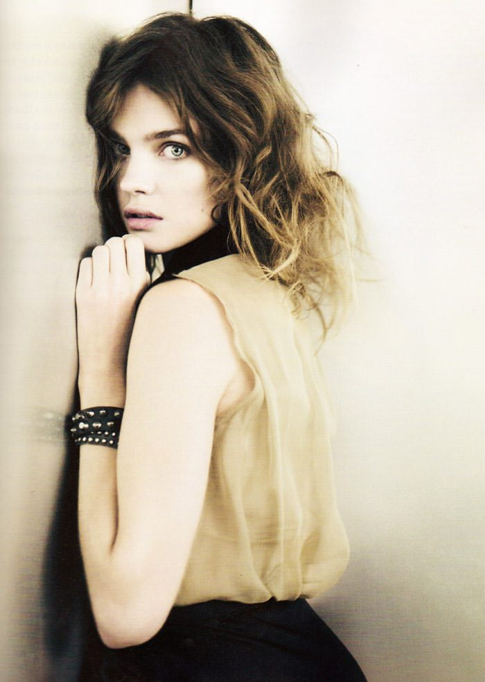 """Natalia Vodianova photographed by Paolo Roversi in """"Heart Is Where Home Is"""" for i-D Magazine, Spring 2010 6"""