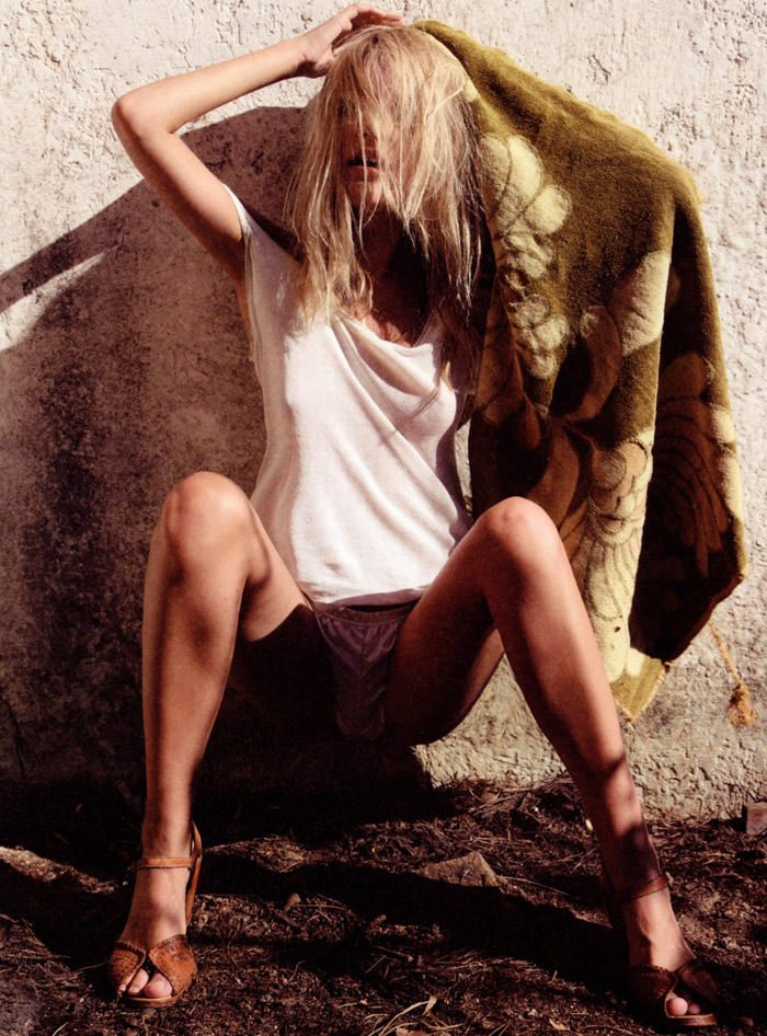 "Tamara Jade photographed by Henrik Purienne in ""Hello"" for Mirage Magazine #2 9"