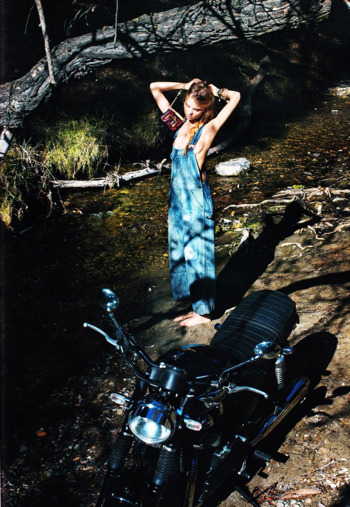 """Magdalena Frackowiak photographed by Horst Diekgerdes in """"Feel Free"""" for Vogue Germany, May 2010 4"""
