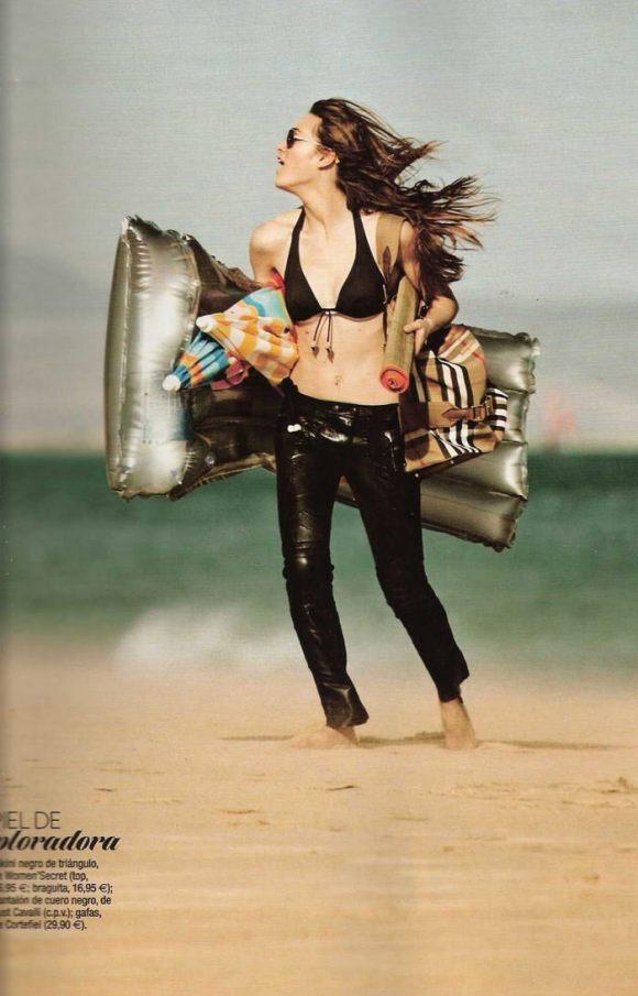 "Sophie Vlaming photographed by Sergi Pons in ""Un Día En La Playa"" for Glamour Spain, June 2010 6"