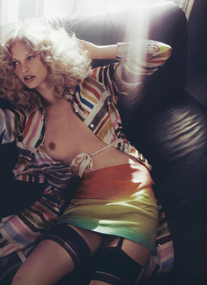 """Patricia Van Der Vliet photographed by Lachlan Bailey in """"Daydream"""" for Numéro #114, June / July 2010 8"""