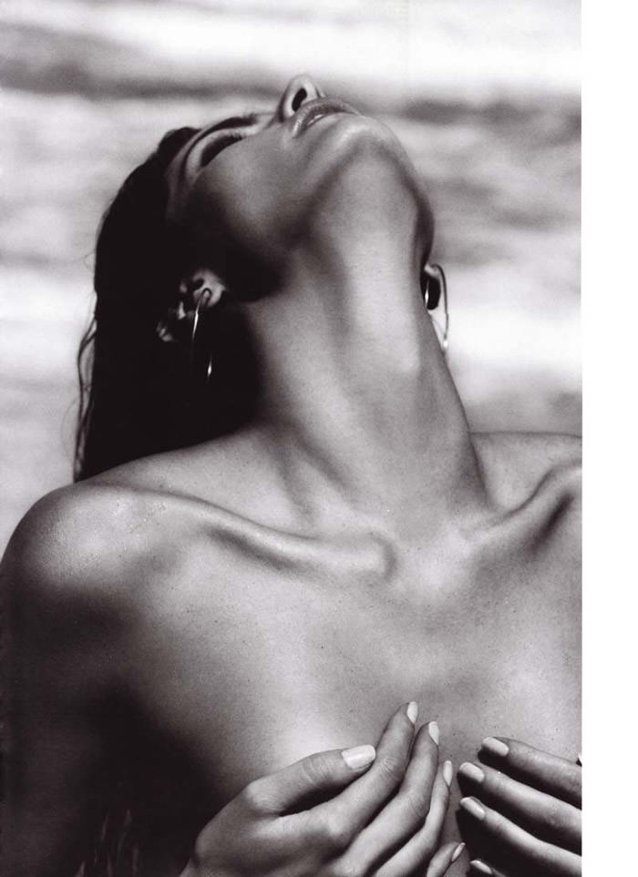 """Isabeli Fontana photographed by Terry Tsiolis in """"Wicked Isabeli"""" for Muse, Summer 2010 2"""