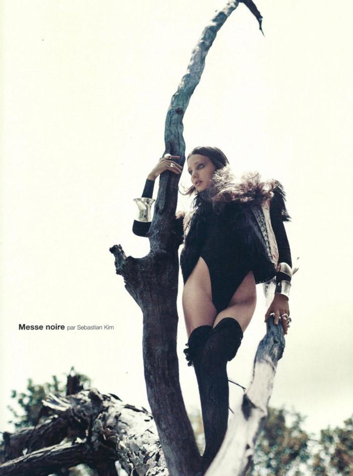 "Miranda Kerr photographed by Sebastian Kim in ""Messe Noire"" for Numéro #115 2"