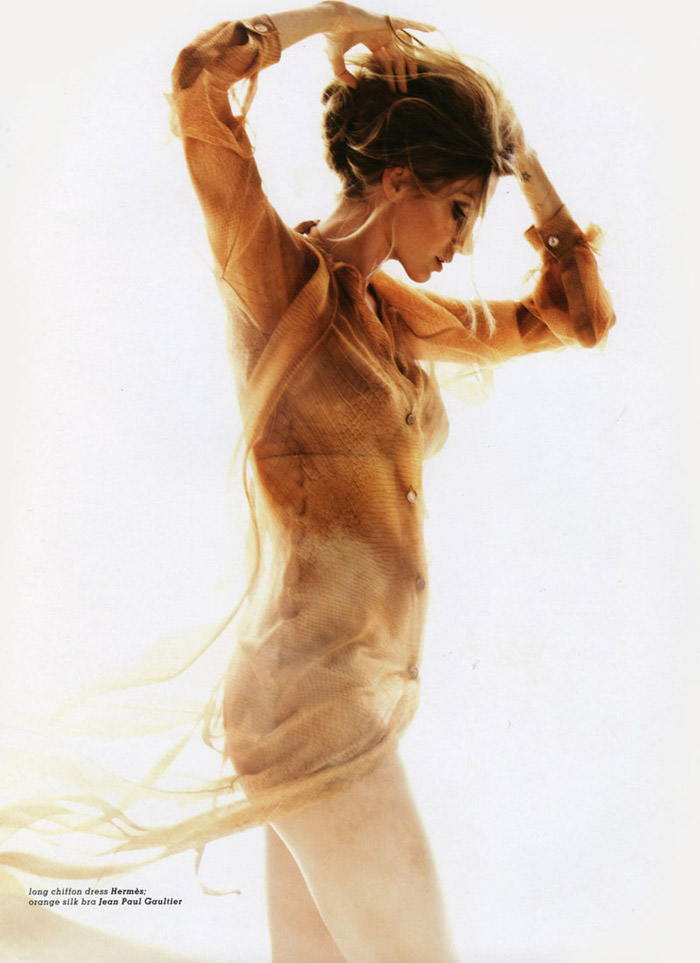 """Gisele Bündchen photographed by Nino Muñoz in """"Earth Angel"""" for Muse, Summer 2010 11"""