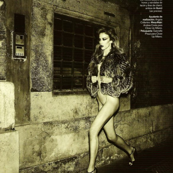 """Raquel Zimmermann photographed by Mariano Vivanco in """"La Dolce Vita (Revisited) for Vogue España, September 2010 3"""