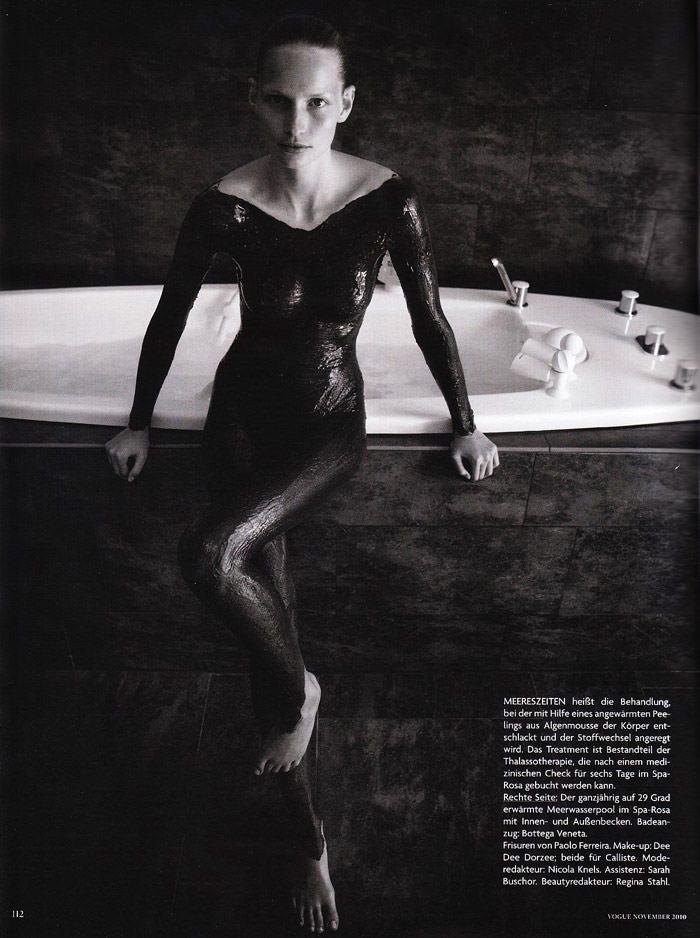"""Katrin Thormann photographed by Blaise Reutersward in """"Salz auf unserer Haut"""" for Vogue Deutschland, November 2010 8"""