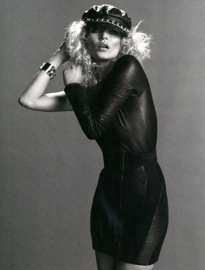 """Kate Moss photographed by Inez & Vinoodh in """"Dans La Peau"""" for Vogue Paris, September 2010 8"""