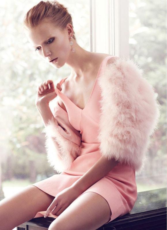 Wiola Kowal photographed by Emre Guven for Harper's Bazaar Türkiye, November 2010 8