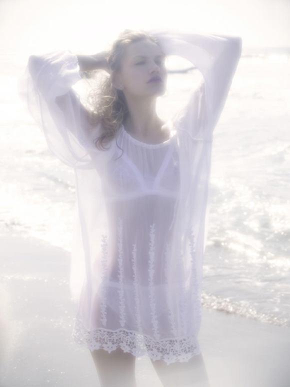 "Yana Serzhantova photographed by Pino Leone in ""Dream On"" for Bambi Magazine 9"