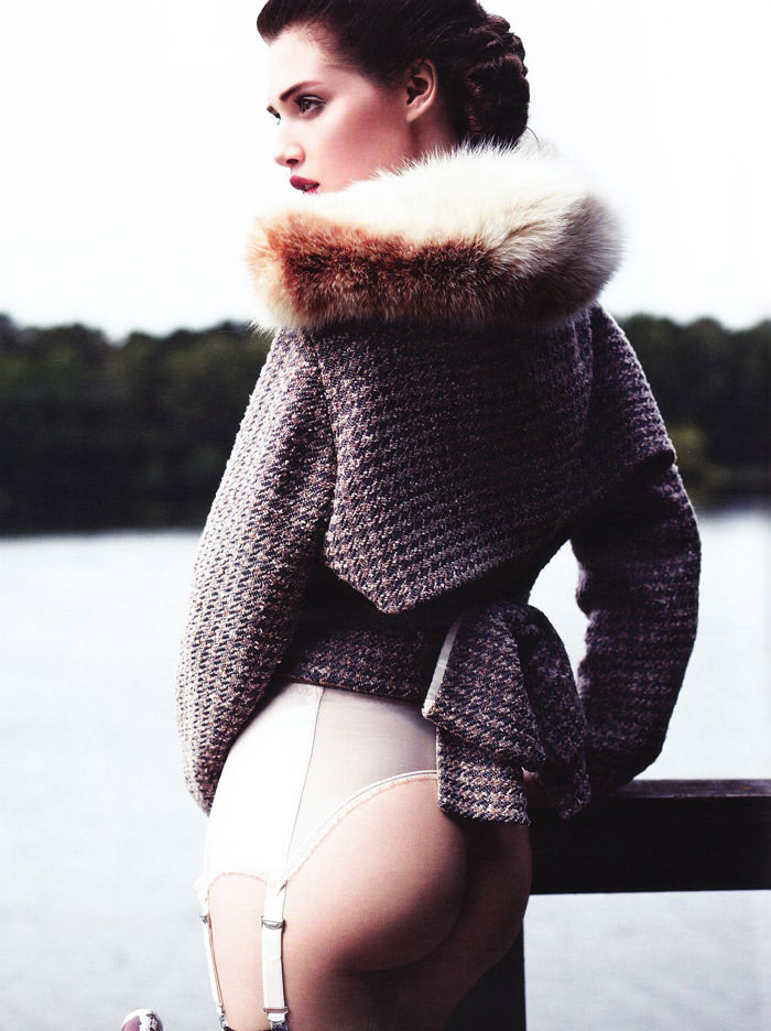 Anais Pouliot photographed by Horst Diekgerdes for Vogue Deutschland, August 2011