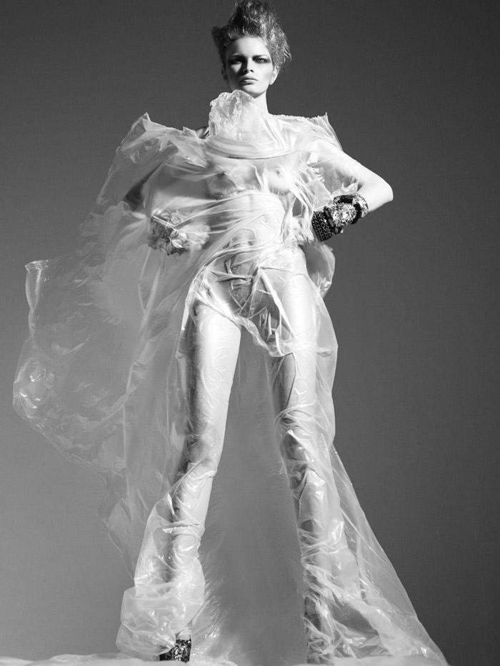 Melodie Dagault by Jens Langkjaer for Fault Magazine