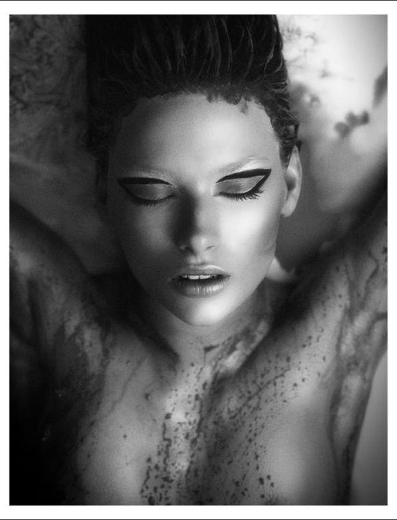 Malin Hallberg by Niclas Brunzell for Fashionography