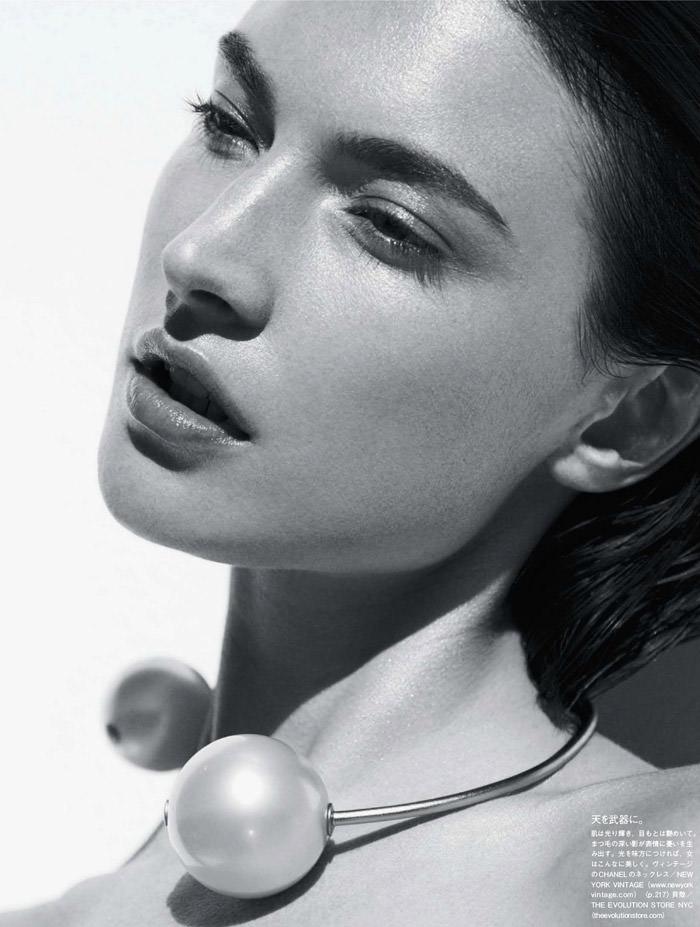 Jacquelyn Jablonski by Julia Noni for Vogue Japan
