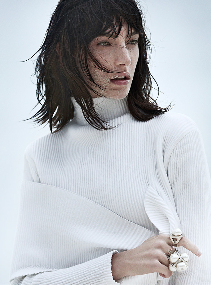 Jacquelyn Jablonski by Emma Tempest for Vogue Russia