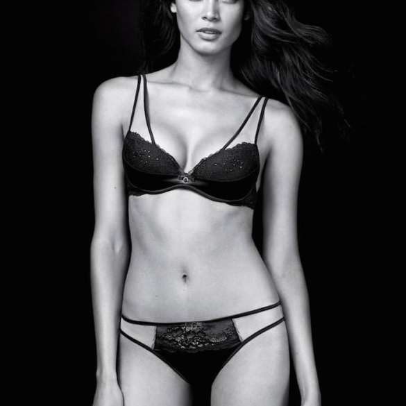 Angela Ruiz by Riccardo Vimercati for Intimissimi
