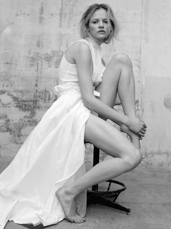 Ginta Lapina by Santiago and Mauricio for L'Express Styles