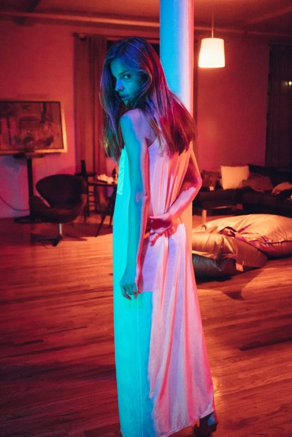Anna Shut by Sam Livm