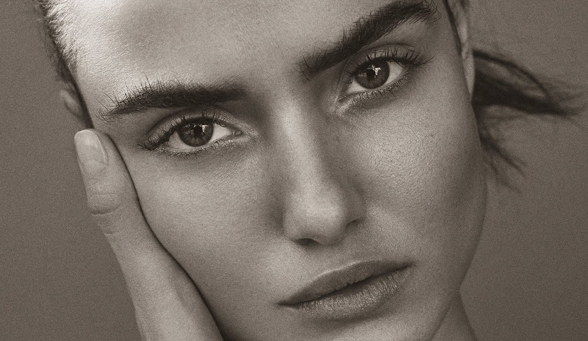 Blanca Padilla photographed by Tom Schirmacher for Harper's Bazaar Turkey, January 2017