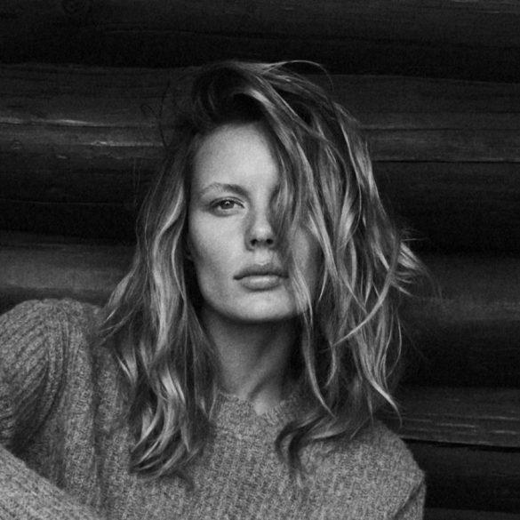 Marlijn Hoek photographed by Sune Czajkowski for Elle Denmark, December 2017 1