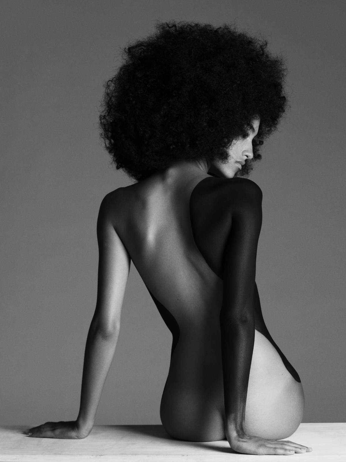 Melodie Vaxelaire by Paul Morel for Slimi Magazine
