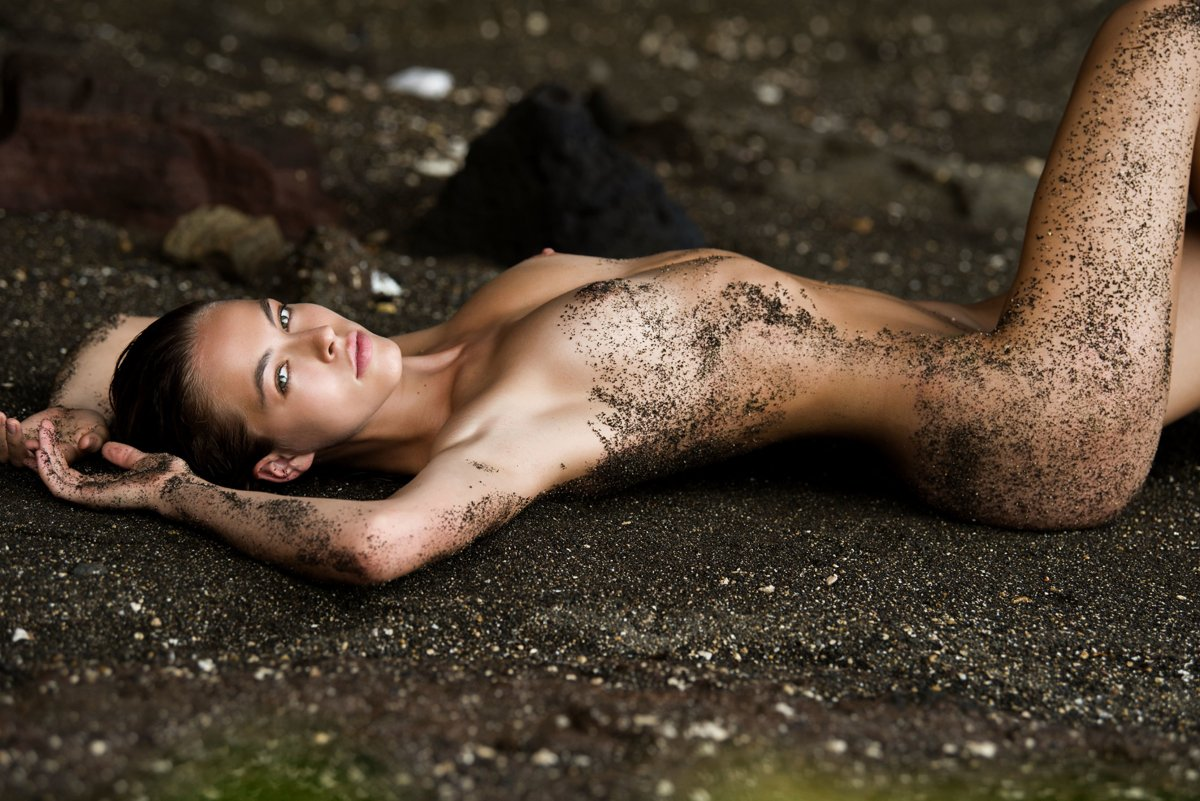 Caroline Kelley by Hudson Taylor