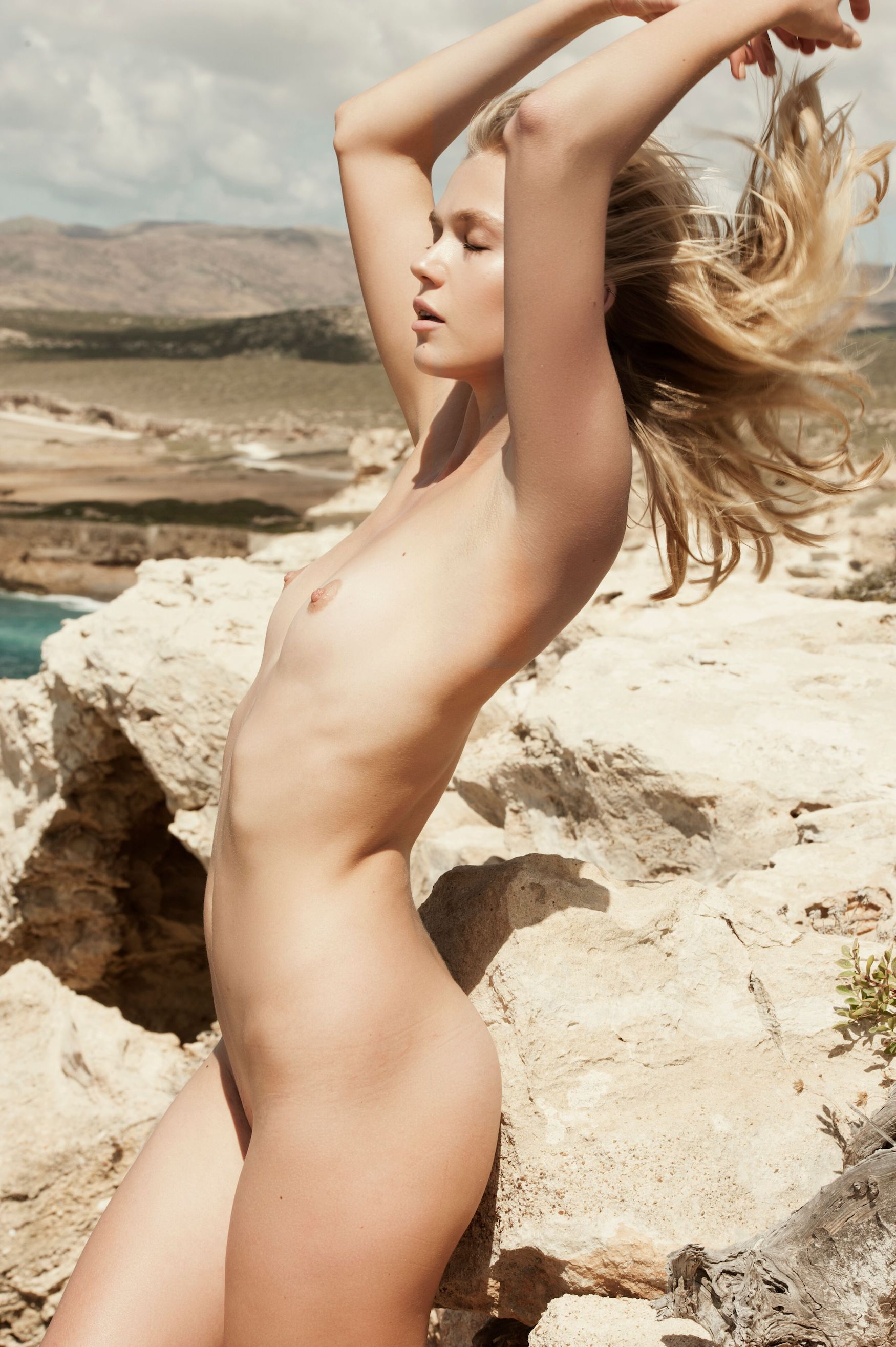 Lisa from saved by the bell naked
