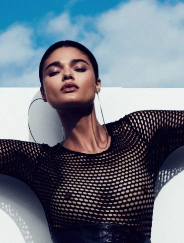 Daniela Braga by Marian Sell for Schön! 1
