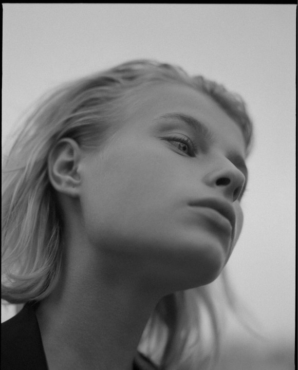 Hanna Kamelina by Michael Raveney