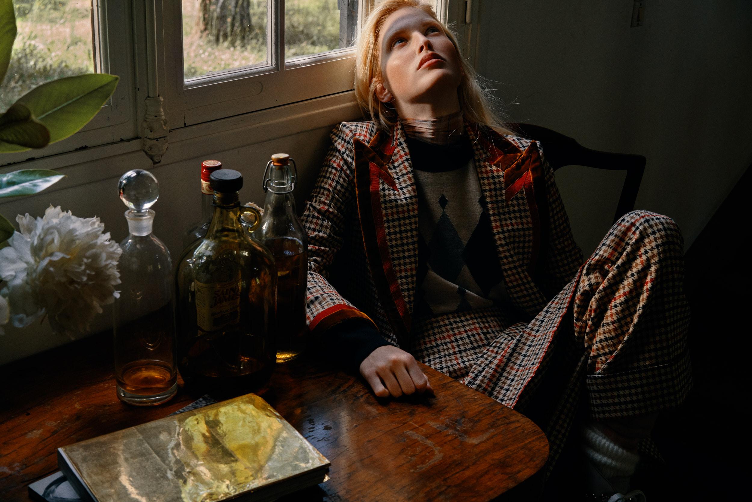 Niki Trefilova by Paul McLean for Amica Magazine