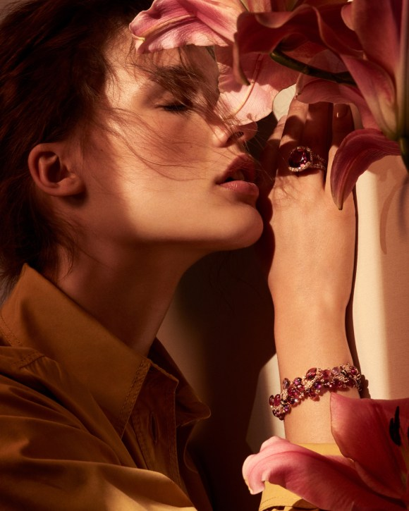 Julia Van Os by Raf Stahelin for Telegraph Luxury