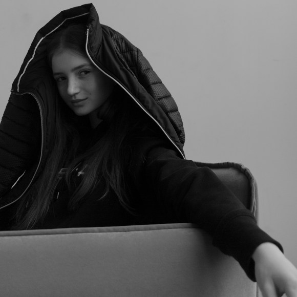 Sasha Shamshetdinova by Ilya Koshelev