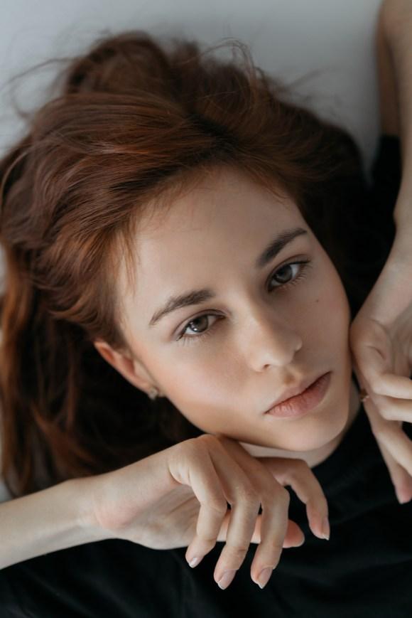 Olesya Filippova by Maria Palagushkina