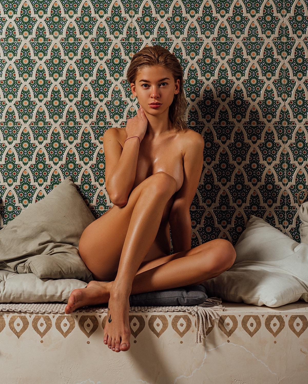Zhanna Pavlova by Alexey Trifonov