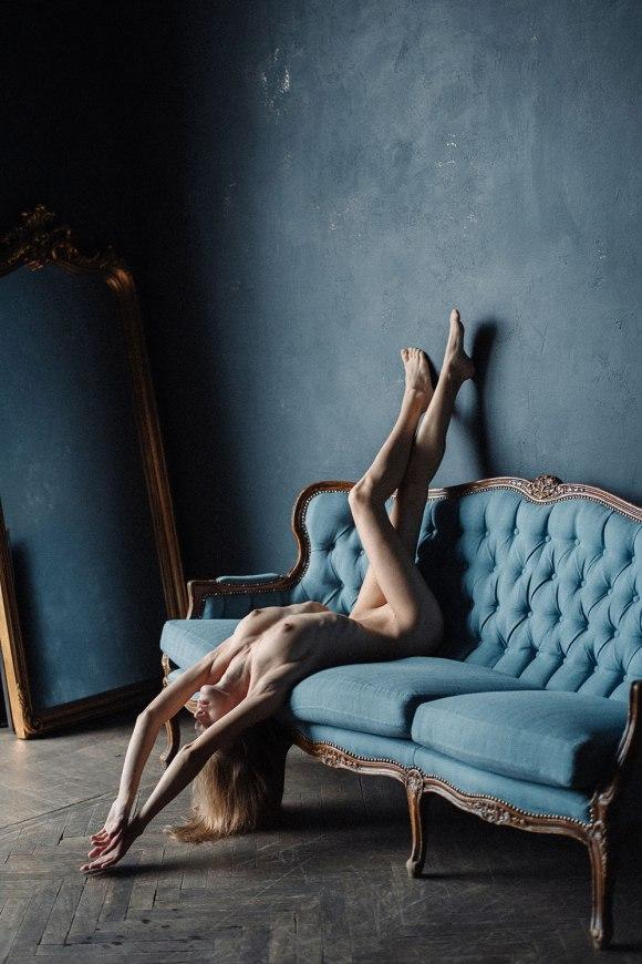 Angelika Ezhova by Sophie Sivolap