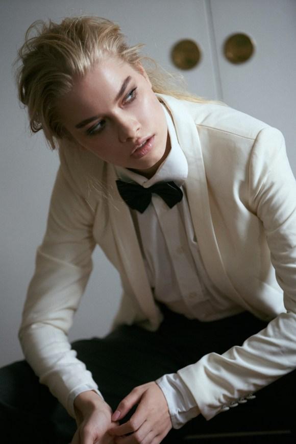 Tina Ivanova by Polina Bertrand