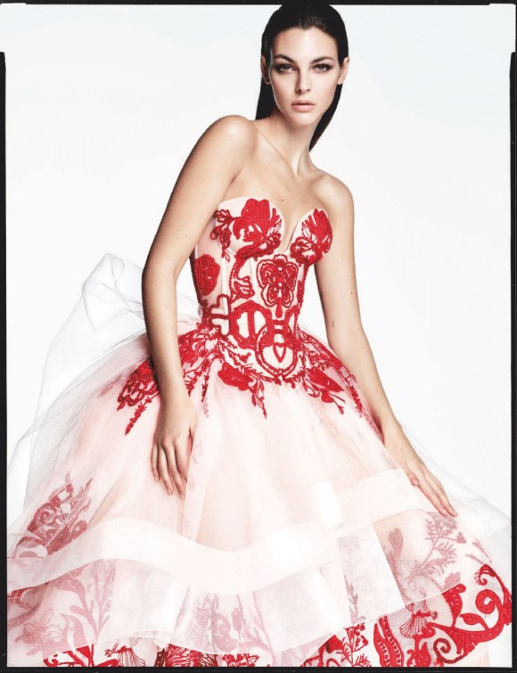 Vittoria Ceretti by Luigi Iango for Vogue Japan