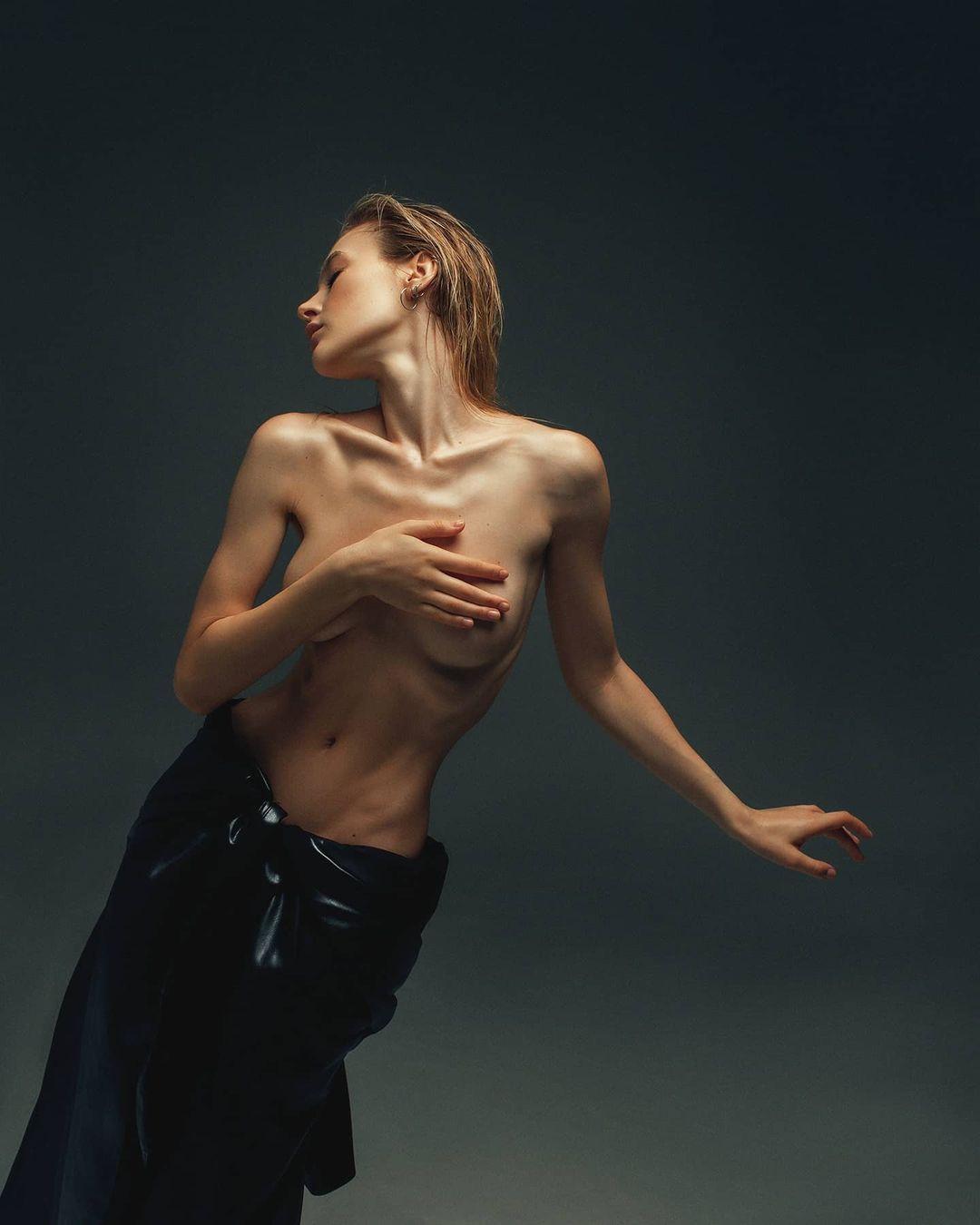 Kate Sekker by Max Zadorozhny