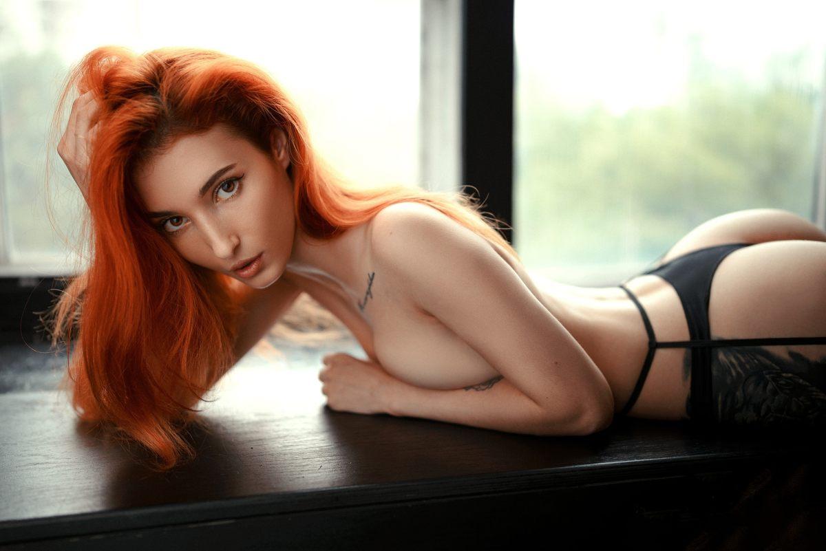 Violetta by Alexander Mindru