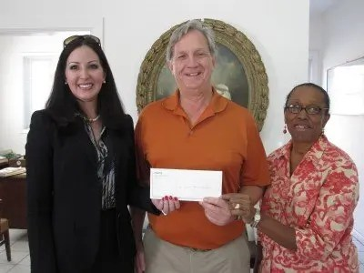 Sir Victor Sassoon Foundation Receives Donation For Heart Month