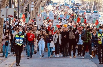 Extreme right linked to 'pandemic negationists' in reports on Portugal's 2020 figures for crime | Portugal Resident