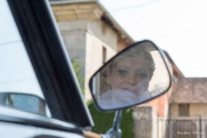 La mariée dans le rétroviseur