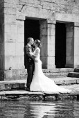 Jennifer&christophe_fondremand_noir-blanc_couple_mariage
