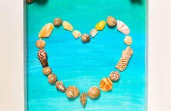 beach craft framed sea shell heart