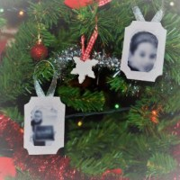 DIY Christmas Ornaments: How to make easy Glitter Foam Photo Ornaments